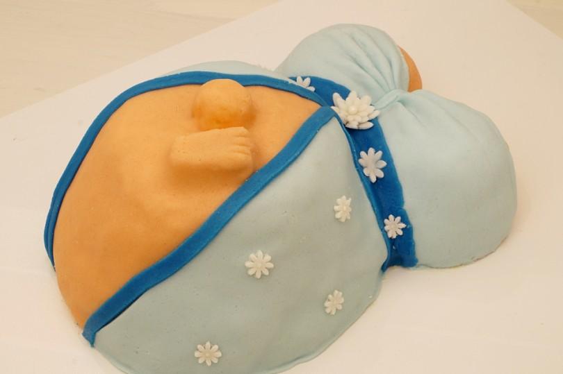 Babybauchtorte Fondanttorte