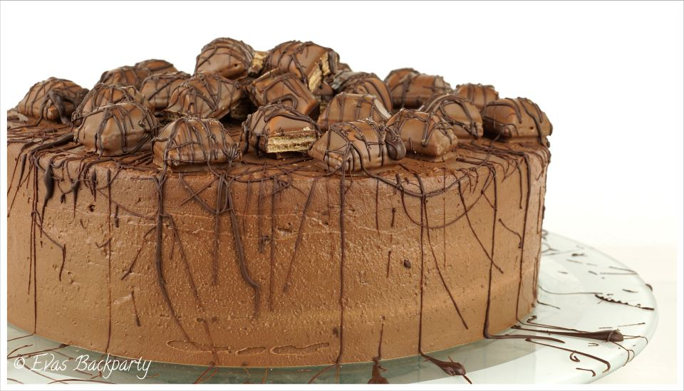 Kinder Bueno Torte Evasbackparty