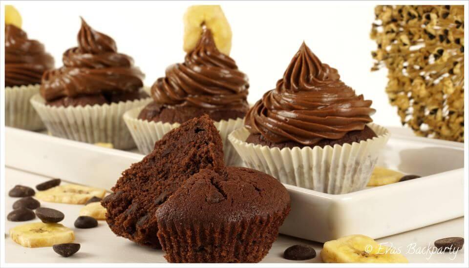 Schokoladenbananenmuffins oder Schokoladenbananen Cupcakes