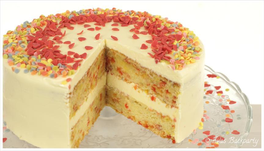 Confetti Cake / Sprinkle Cake