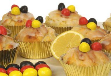 Zitronenmuffin mit Deutschland-Deko