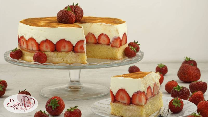 fanta kuchen mit erdbeeren evasbackparty. Black Bedroom Furniture Sets. Home Design Ideas
