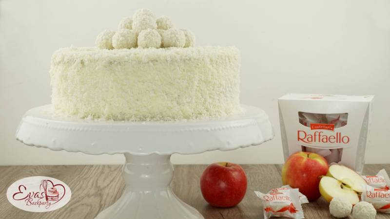raffaello torte mit apfel herbstlich evasbackparty. Black Bedroom Furniture Sets. Home Design Ideas
