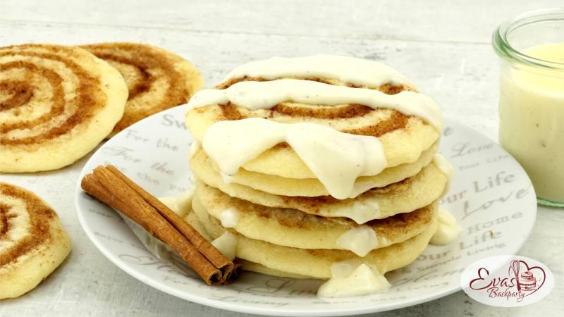 Cinnamon-Roll-Pancakes mit Spirale